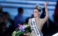 Miss Universe 2017 háo hức trao vương miện cho người kế nhiệm