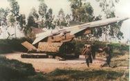 Chấp nhận hi sinh để tìm ra cách đánh 'siêu pháo đài bay' B52