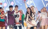Bạn trẻ vỡ tung cảm xúc cùng live show Đông Nhi 10 năm ca hát