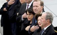 Bài điếu văn xúc động tiễn cha của cựu tổng thống Bush 'con'