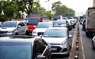 Giao thông trung tâm Sài Gòn hỗn loạn trong chiều 23 Tết