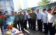 Phó thủ tướng Trương Hòa Bình thăm nạn nhân vụ cháy chung cư Carina