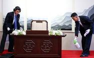 Triều Tiên dò mìn, khử trùng khi ông Kim vào Nhà Hòa bình