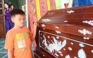 Chòm xóm kết vòng hoa tang tiễn đưa 'hiệp sĩ' Nguyễn Văn Thôi