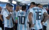 Fan sốc vì lần đầu thấy Messi nói chuyện với tư cách lãnh đạo đội bóng