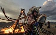Đến Mông Cổ xem nghi thức pháp sư đón mùa hè