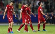 Thiên hạ cứ lo đá World Cup, Trung Quốc lo kiếm tiền