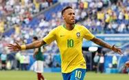 Neymar lại nhận 'gạch đá' vì ăn vạ thô thiển