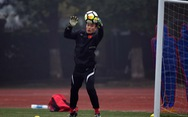 Bùi Tiến Dũng trao giải Cầu thủ hay nhất bán kết World Cup 2018