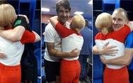 Cận cảnh nữ Tổng thống Croatia ăn mừng cùng cầu thủ, 'nóng' trên mạng