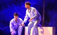 Nghẹn ngào với Nguồn sáng trong đời của Lưu Quang Vũ