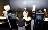 Khách sạn sa thải hơn 100 nhân viên robot vì... ăn hại