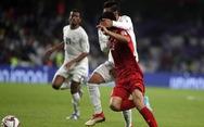 Xem cầu thủ Yemen bịt mắt và cố truy cản Văn Đức dẫn đến phạt 11m