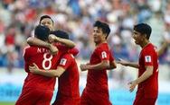 Mưa tiền thưởng cho tuyển VN sau trận thắng Jordan