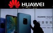 Huawei phạt nặng 2 nhân viên xài iPhone chúc tết