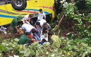 Xe chở 20 sinh viên thực tập lao xuống vực đèo Hải Vân, 1 người chết