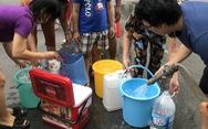 Nước sạch Hà Nội có mùi lạ: Sự im lặng đáng sợ