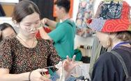 Chợ 'đồ si' từ đời thực đến online