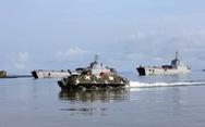 Cuộc hành quân có một không hai: Xe tăng vượt biển