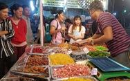 Hàng trăm đặc sản vùng miền 'đổ bộ' về Sài Gòn đón Tết