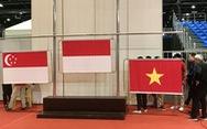 Cột cờ bị hỏng khiến lễ trao huy chương vàng cho wushu Việt Nam bị hoãn