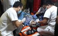 Tàu SAR 27- 01 cứu du khách Nhật đột quỵ trên biển