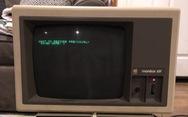 Chiếc máy tính 30 năm của Apple vẫn đang hoạt động tốt