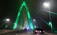 Cầu Nhật Tân xuất hiện trên trang Facebook của Nhà Trắng