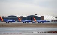 Boeing 737 MAX nằm đất ít nhất 'vài tuần' để cập nhật phần mềm