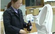Cảnh báo dùng bệ xí thông minh Trung Quốc có thể bị điện giật