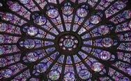 Nhà thờ Đức Bà Paris có các tác phẩm nghệ thuật nào?