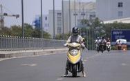 Tia UV ở TP.HCM chạm mốc 12, điều gì xảy ra với người đi đường?