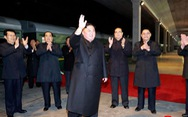 Ông Kim Jong Un đã đến Nga, được chào đón với 'hoa, bánh mì, và muối'
