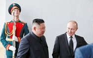 Tổng thống Putin và Chủ tịch Kim Jong Un bước vào hội đàm kín