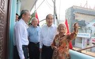 Bí thư Nguyễn Thiện Nhân thăm cán bộ, nhân dân quận 5