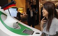 Nhật đưa robot hướng dẫn khách ở ga Tokyo