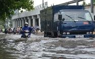 Hôm nay triều cường TP.HCM có thể lên 1,62m, miền Trung mưa lớn