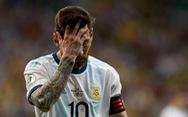Messi mờ nhạt, Argentina thua Colombia ở trận ra quân Copa America