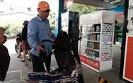 Giá xăng RON95 giảm hơn 1.000 đồng/lít