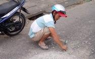Khen thưởng anh thợ Quảng Nam đục mảng bêtông  trên đường