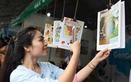 Đổi sách cũ lấy cây xanh tại Ngày hội môi trường TP.HCM