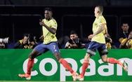 Hạ Qatar, Colombia giành vé đầu tiên vào tứ kết