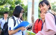 Gần 900.000 thí sinh đang thi văn, đón đọc đề, gợi ý bài làm trên Tuổi Trẻ Online