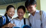 Cười tươi mãn nguyện kết thúc kỳ thi: địa dễ, công dân cũng dễ!
