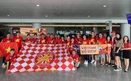 Bố mẹ Hồng Duy và cựu danh thủ Hồng Sơn sang Buriram cổ vũ tuyển Việt Nam