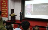 Sinh viên ở Sài Gòn nghe chuyện đời của nhà khoa học Đài Loan đạt giải Nobel