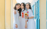 Hai nữ sinh Quảng Nam đạt điểm môn văn cao nhất nước