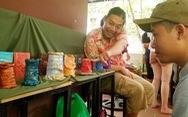 Phiên chợ 'sống xanh' giữa lòng Hà Nội