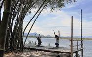 'Làng tre' Triêm Tây mát rượi bên sông, cách Hội An chỉ 2km