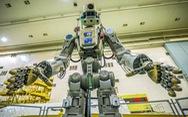 Robot Nga 'lái' tàu vũ trụ lên ISS
